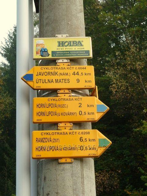 Horní Lipová - rozcestník cyklotras