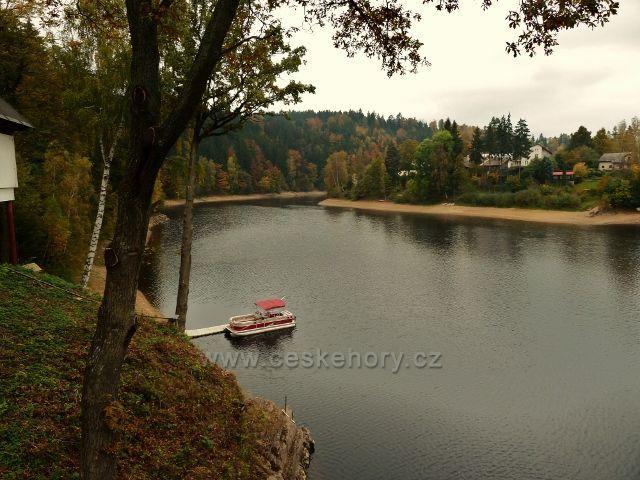 Podzim na Pastvinské přehradě