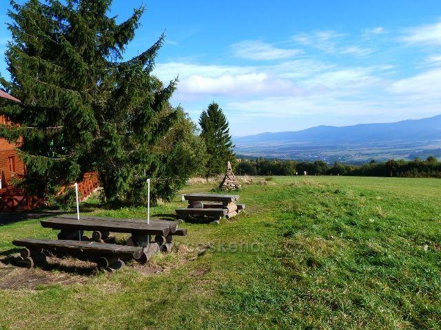 Petrovičky - pohled od Kašparovy chaty do Klodské kotliny
