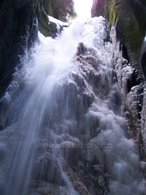 Velký vodopád u Adršpachu...