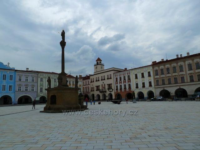 Nový Jičín - Morový sloup na Masarykovo náměstí