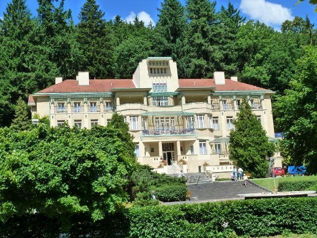 Luhačovice - lázeňský hotel Bedřich Smetana