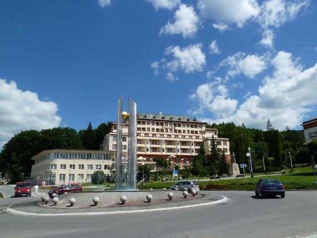 Luhačovice - lázeňský pavilon Palace v centru Luhačovic