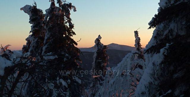Pohled z Radhoště na Lysou horu