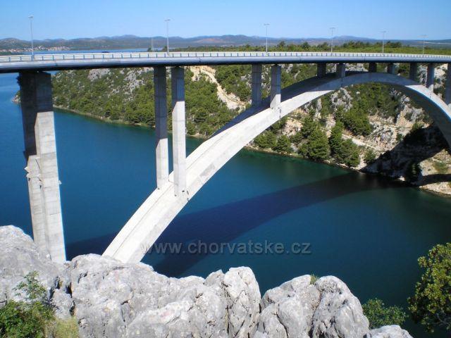 Dálnice Záhřeb - Split: most přes řeku Krka