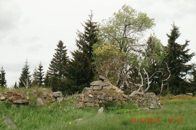 zbytky starých domů
