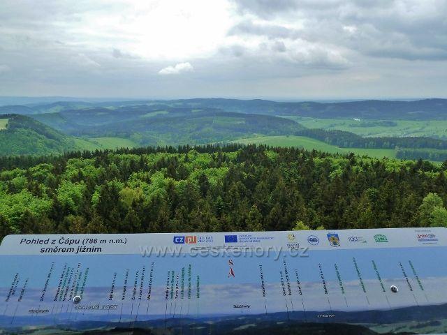 Teplické skály - pohled z rozhledny Čáp k jihu