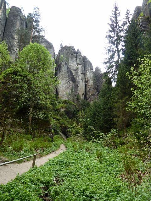 Teplické skály - skalní útvary v Anenském údolí