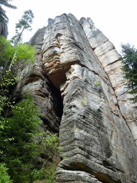 Teplické skály - skalní útvar v Anenském údolí