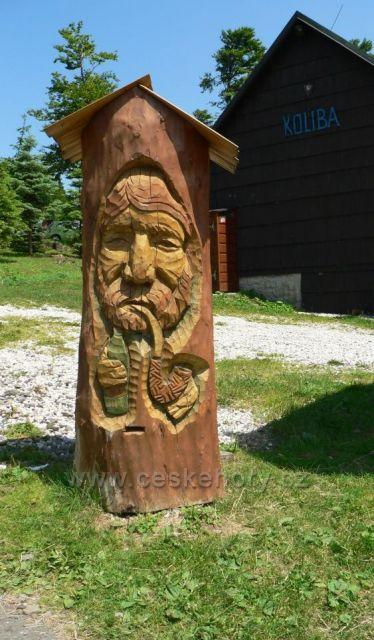 sochařská díla na Pustevnách