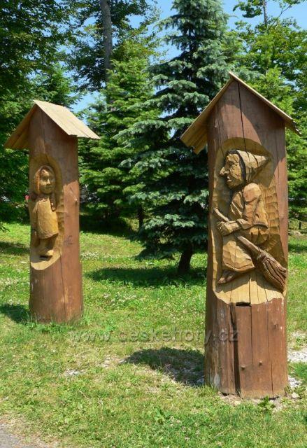 sochařská díla na Pustevnách 3