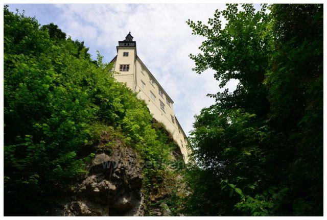 Zámek Hrubý Rohozec - od Jizery