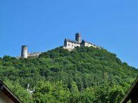 Bezděz - pohled na hrad z obce Bezděz