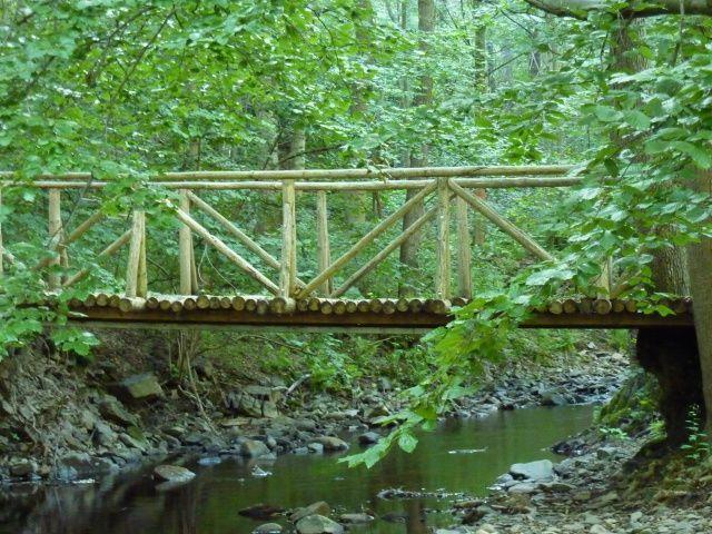 Dřevěný most přes Chomutovku