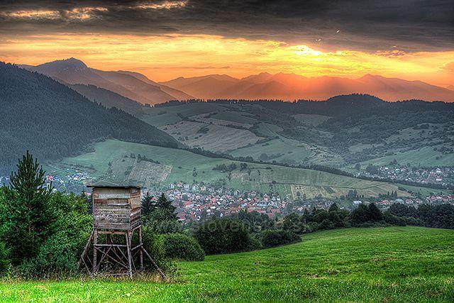 Východ slnka nad Západnými Tatrami