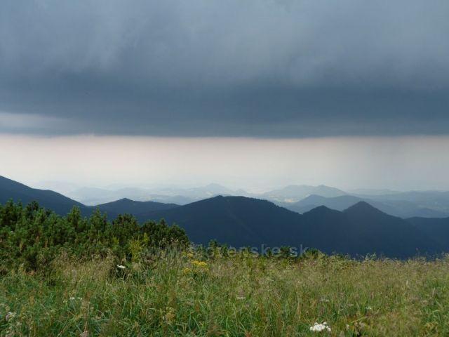 Před bouří 2