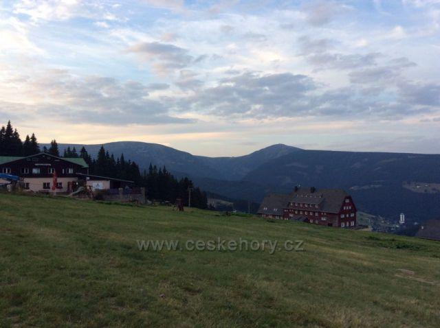Podvečer na Zahrádkách - Sněžka a Studniční hora