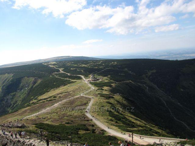 Pohled na upatí hory, Krkonoše