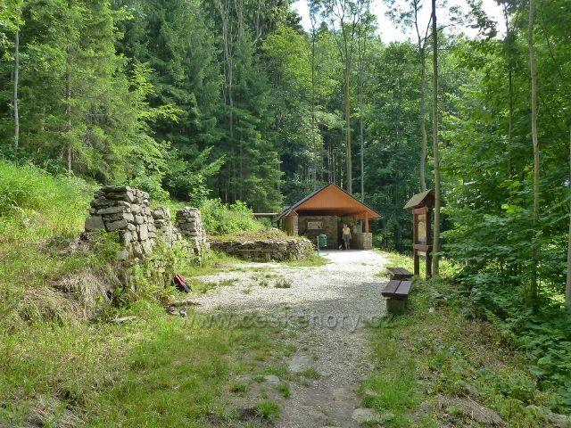 Lázně Jeseník - areál Trojpramenu a přírodní sprchy
