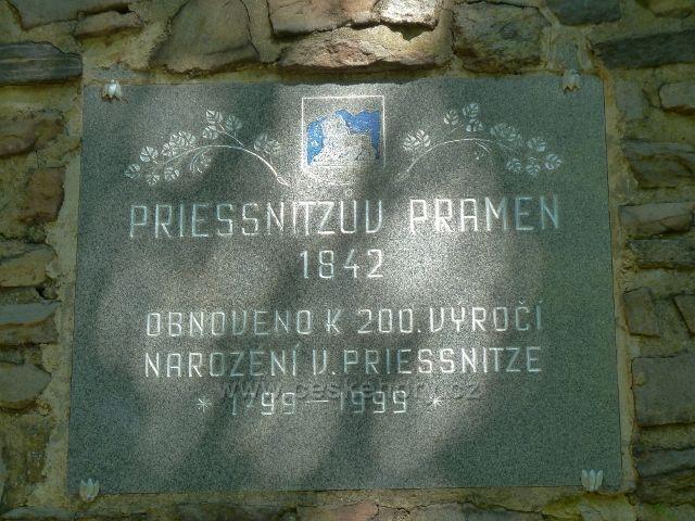 Lázně Jeseník - pamětní deska na Priessnitzově pramenu