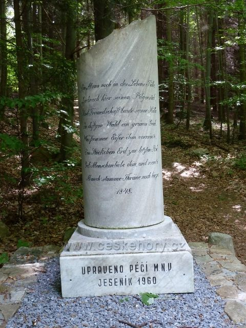 Lázně Jeseník - pomník na Enhuberově hrobu