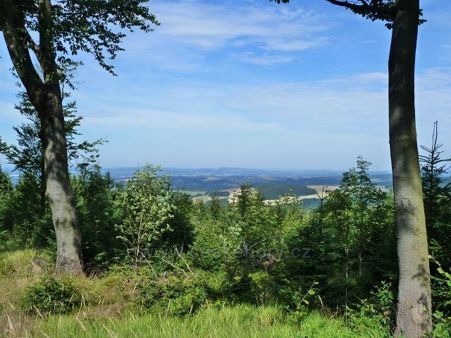 Buková hora - pohled z cyklostezky 4071 směrem k Žamberku