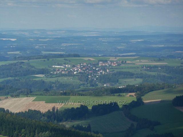 Buková hora - pohled z Čenkovické sjezdovky na Sobkovice