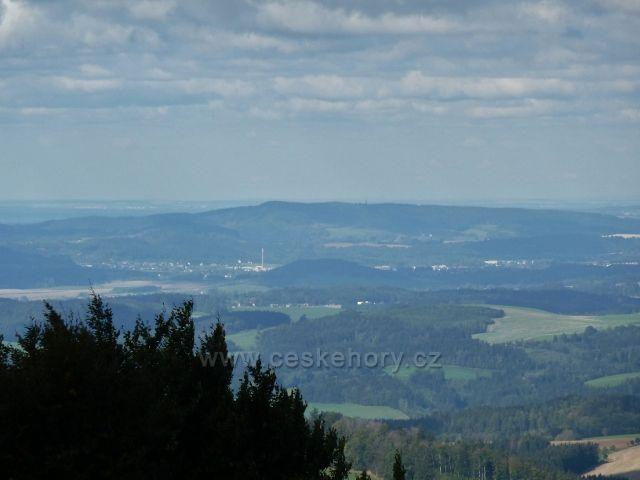 Buková hora - pohled z Čenkovické sjezdovky na Žamberk