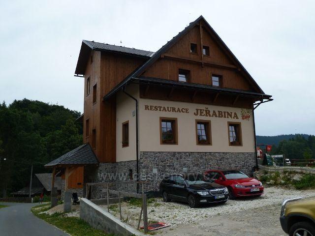 Ostružná - restaurace Jeřabina