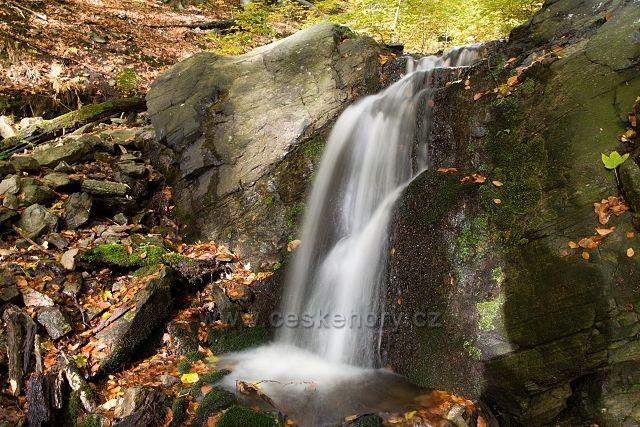 Vodopád na přítoku Oseckého potoka