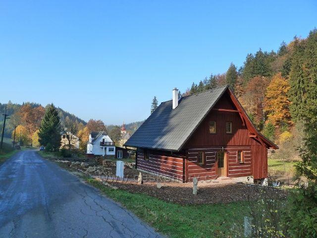 Moravský Karlov - část obce pod rozcestím na Písařov