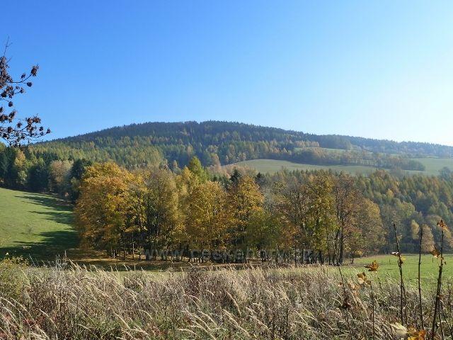 Písařov - pohled na partyzánský vrch Čečel/839 m.n.m./