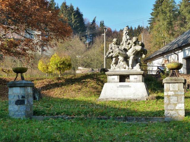 Hanušovice - pomník obětem I. světové války v Údolní ulici