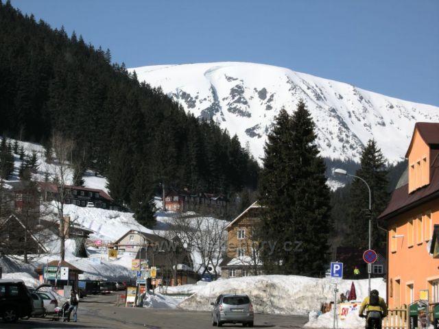 lyžování v Peci pod Sněžkou