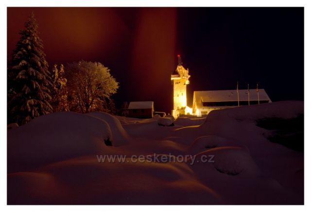 Noční zimní Královka