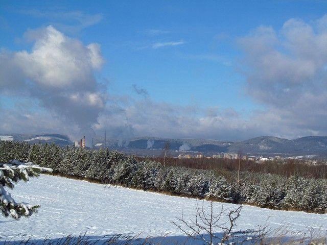 Loketská výsypka - pohled na Chodov a Vřesovou
