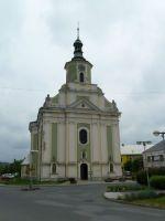 Město Albrechtice -barokní kostel Nanebevzetí Panny Marie