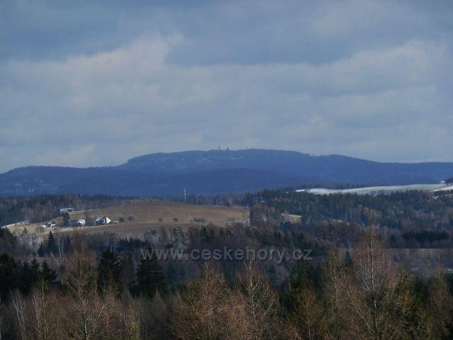 Lukavice - pohled z letiště na Suchý vrch