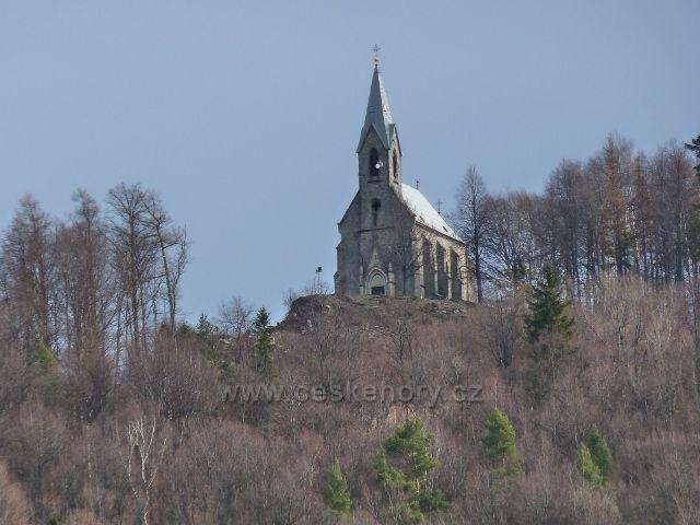 Žulová - novogotický kostel Panny Marie Bolestné na Boží hoře nad městem