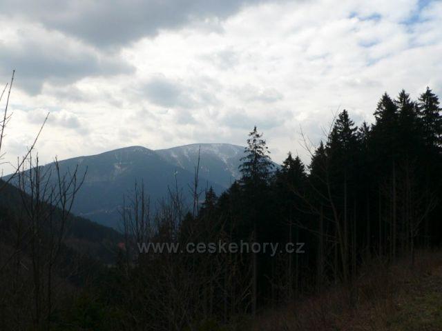 pátek 25.3.2016 - pohled na horu Smrk z trasy Ostravice-Sepetná
