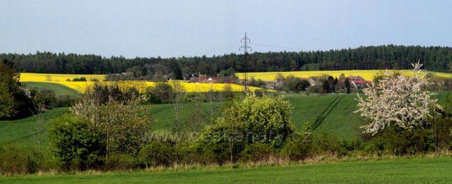 Jaro v podhůří Železných hor