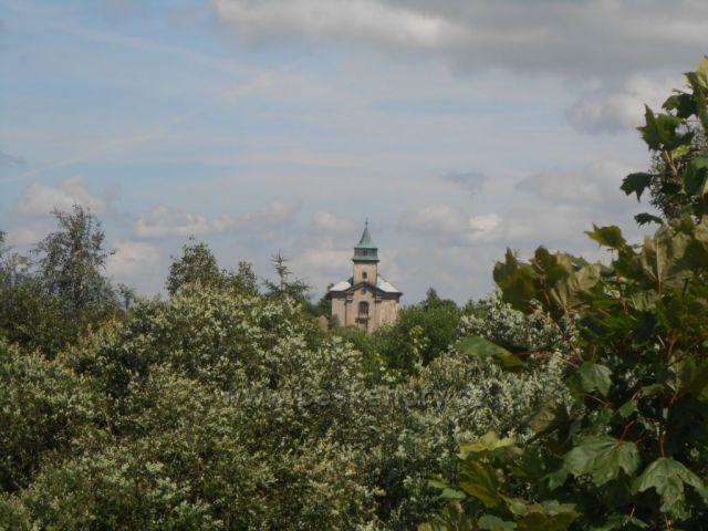Kostelík na Cínovci