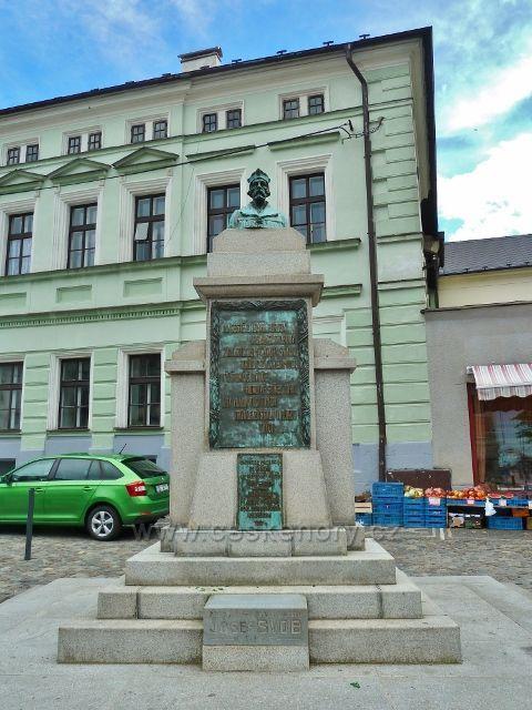 Mšeno - památník obětem 1.a 2. světové války na náměstí Míru