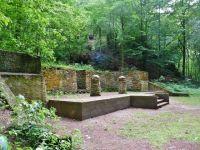 Lesopark Debř - areál přírodního divadla