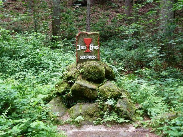 Lesopark Debř - Husův památník