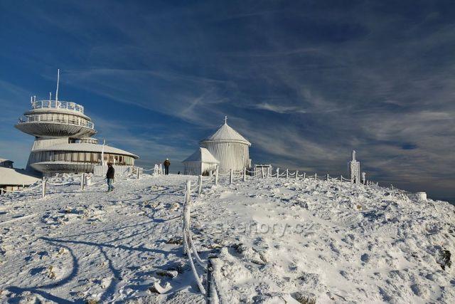 Stavby na Sněžce
