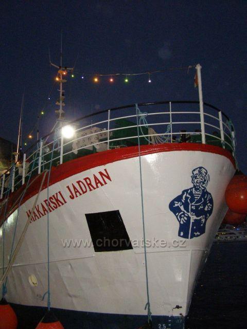 Výletní loď.