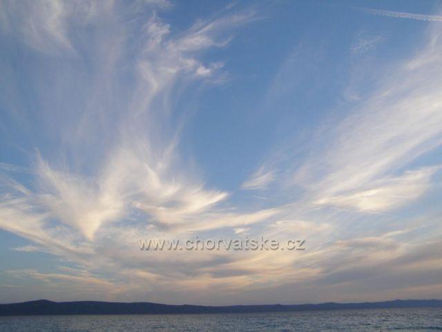 Nebe čaruje.  :-)
