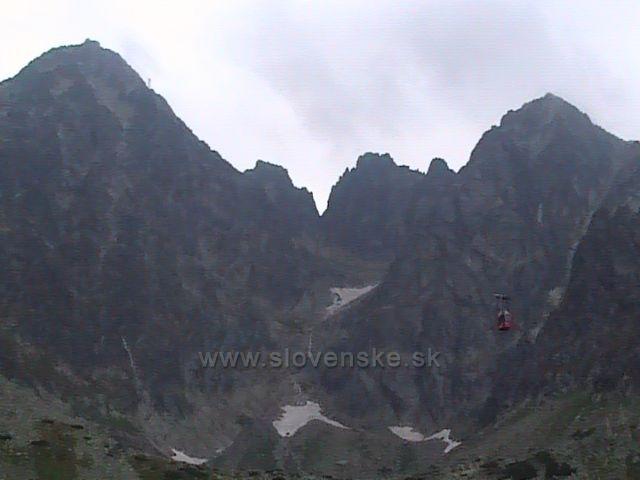 Pohled na Lomnický štít ve Vysokých Tatrách