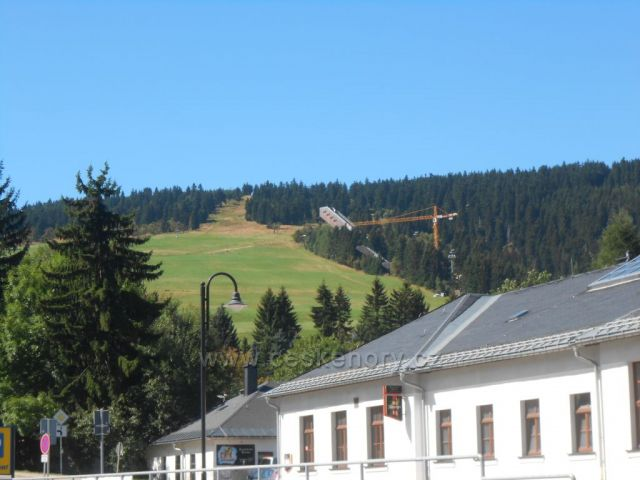 skokanské můstky v Oberwiesenthalu